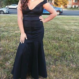 Black Mermaid with Ruffles Prom Dress